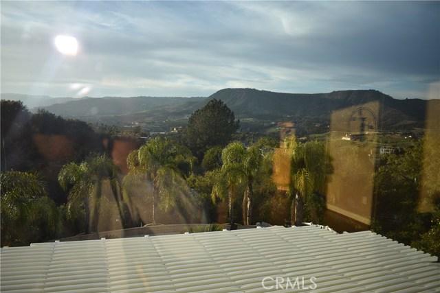 24060 Calle Del Mundo, Temecula CA: http://media.crmls.org/medias/71477435-22cc-43fd-a3fa-9c872352c1e7.jpg