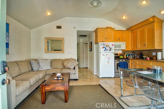 302 35th Street, Orange, California 92663, ,MULTI-FAMILY,For sale,35th,NP16048208