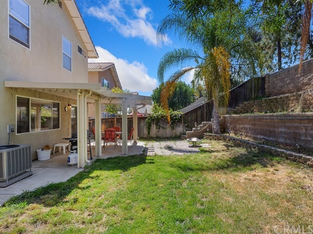 1366 Haven Tree Lane, Corona CA: http://media.crmls.org/medias/714c47e9-df30-4488-982e-495729738f18.jpg