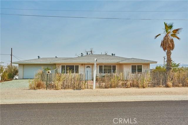 27758 Cochise Avenue, Barstow CA: http://media.crmls.org/medias/71563db6-09e9-44c8-be15-e402cb502f0a.jpg