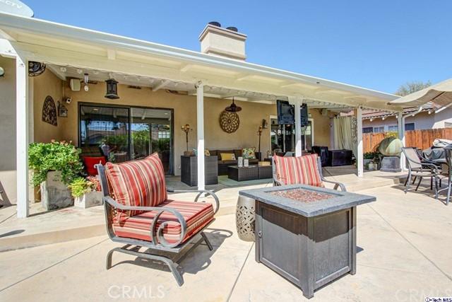 16816 San Jose Street, Granada Hills CA: http://media.crmls.org/medias/71664222-f946-45fe-9e44-b23a32281ab6.jpg