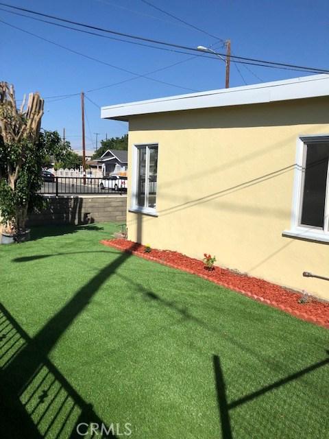 504 N Culver Avenue, Compton CA: http://media.crmls.org/medias/71688584-b6b9-4f6d-984b-d0d18dd9d44b.jpg