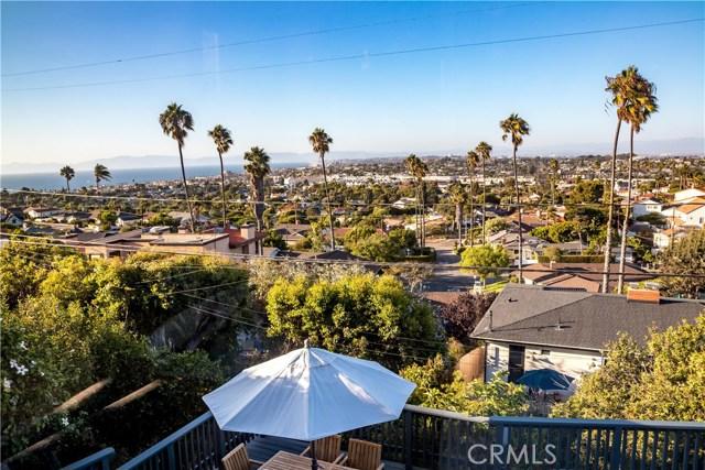 301 Avenida Atezada, Redondo Beach CA: http://media.crmls.org/medias/7172c961-5733-4959-8a59-51471a978c0d.jpg