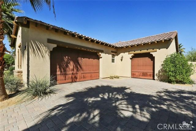 81038 Monarchos Circle, La Quinta CA: http://media.crmls.org/medias/717b7431-c07c-42ff-8ec7-20b769d771dd.jpg