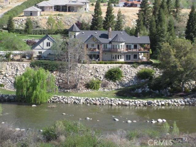 Casa Unifamiliar por un Venta en 14001 Yokuts Lane Bakersfield, California 93306 Estados Unidos