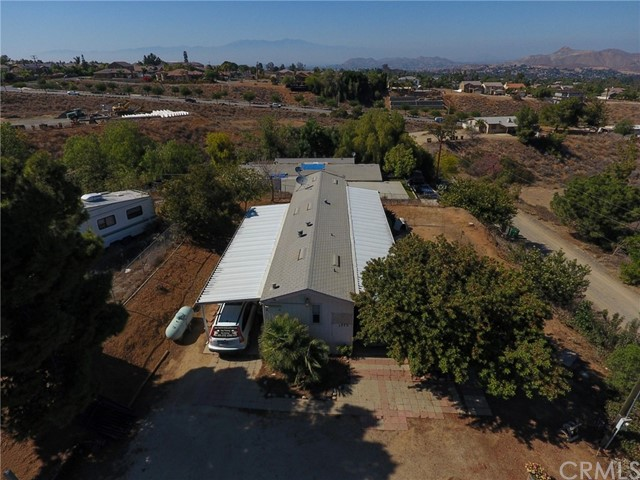 1773 Keith Street Corona, CA 92881 - MLS #: SW18250526