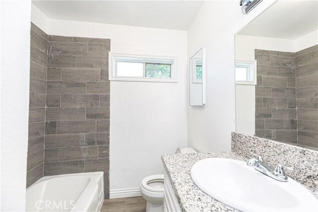 26780 Hillview Street, Highland CA: http://media.crmls.org/medias/718bc419-9608-498a-8d75-2425f373c476.jpg