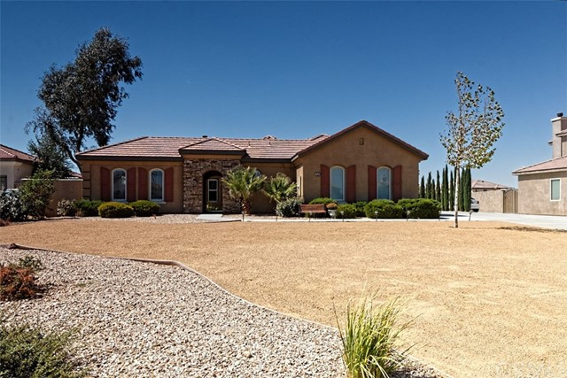 12524 Yorkshire Drive, Apple Valley, CA, 92308