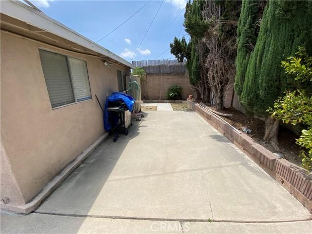 2655 W Sereno Place, Anaheim CA: http://media.crmls.org/medias/7196a449-5ddf-4056-8646-11a8b0dc6125.jpg