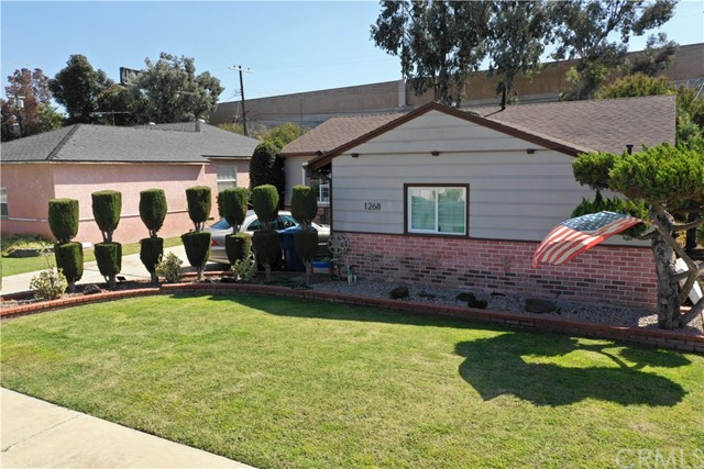 1268 W 187th Place, Gardena CA: http://media.crmls.org/medias/7199b56e-3026-40fd-bf7f-b522ab234df8.jpg