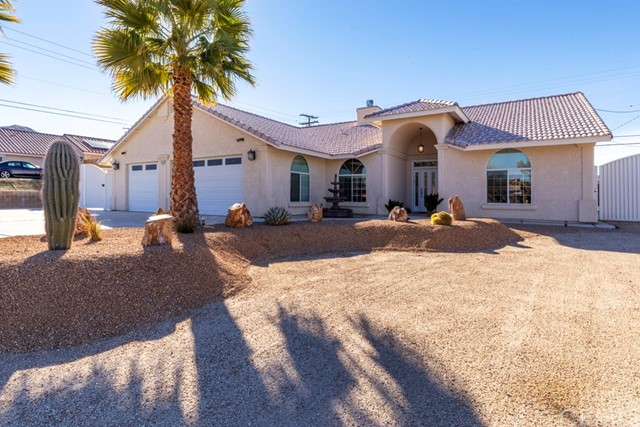 8392 Grand Av, Yucca Valley, CA 92284 Photo
