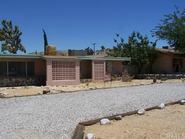 7875 Barberry Avenue, Yucca Valley CA 92284