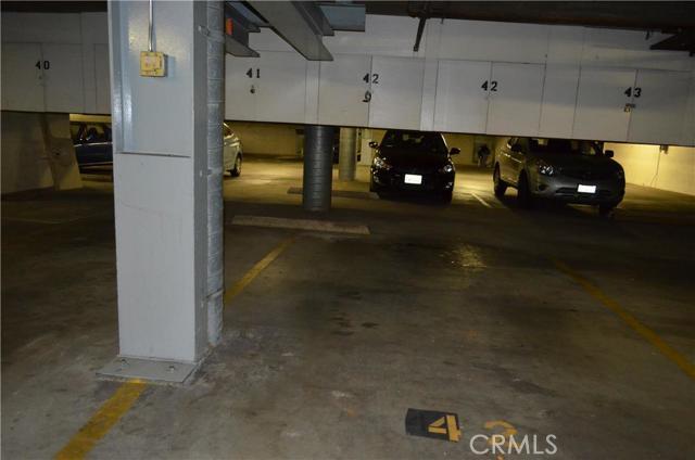730 W 4th Street, Long Beach CA: http://media.crmls.org/medias/71b8edc2-d129-466e-bd97-b56e83b6d4df.jpg