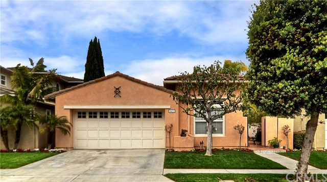 6671 Brentwood Drive Huntington Beach, CA 92648 is listed for sale as MLS Listing OC17033620