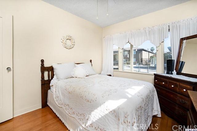 4316 Perlita Avenue, Atwater Village CA: http://media.crmls.org/medias/71d2d653-86fd-4d8a-9691-2bddc6388cad.jpg