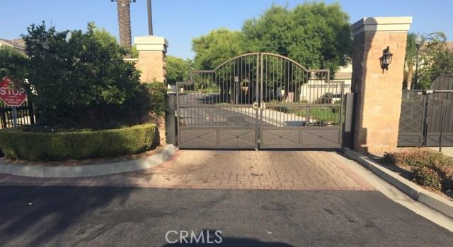 5982 Cleghorn Court, Fontana CA: http://media.crmls.org/medias/71e1c8fe-030b-4c43-8020-daf708e21846.jpg