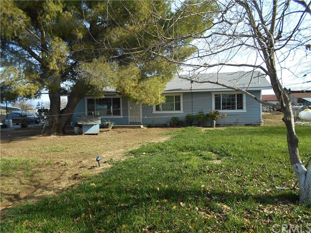 Single Family Home for Sale at 8200 State Hwy 99 W Gerber, California 96035 United States
