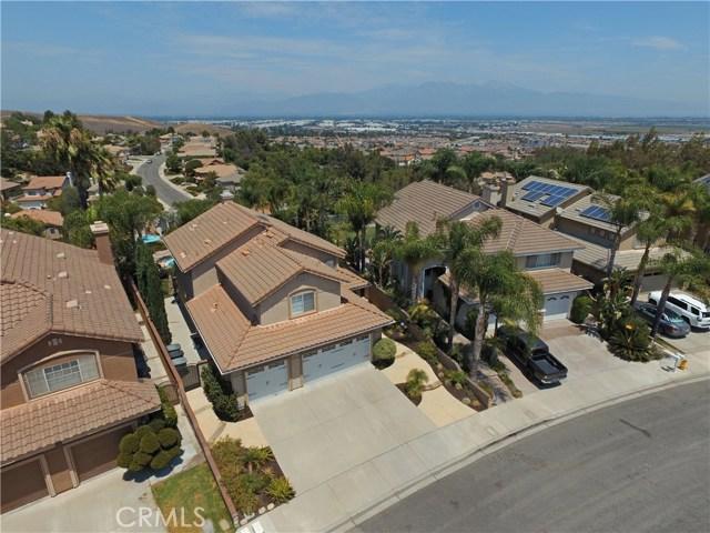 16458 Cyan Court, Chino Hills CA: http://media.crmls.org/medias/71ee32b4-1098-40fd-a0dd-8db787643772.jpg
