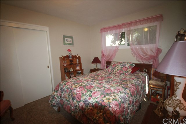1431 Heather Circle, Chico CA: http://media.crmls.org/medias/71f4fc21-3f3e-41bc-950d-0e71e56a5ad0.jpg
