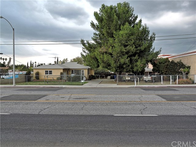 7265 Indiana, Riverside, California 92504, ,Mixed use,For Sale,Indiana,IV20006225