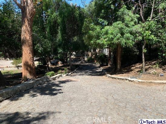 10233 Sunland Boulevard, Sunland CA: http://media.crmls.org/medias/7201951d-bd40-4191-a3ad-8458a00b5fe1.jpg