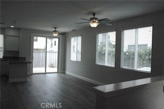25195 Windy Cove Street, Murrieta CA: http://media.crmls.org/medias/7206a9d6-225a-4162-b946-1f45b5c38733.jpg