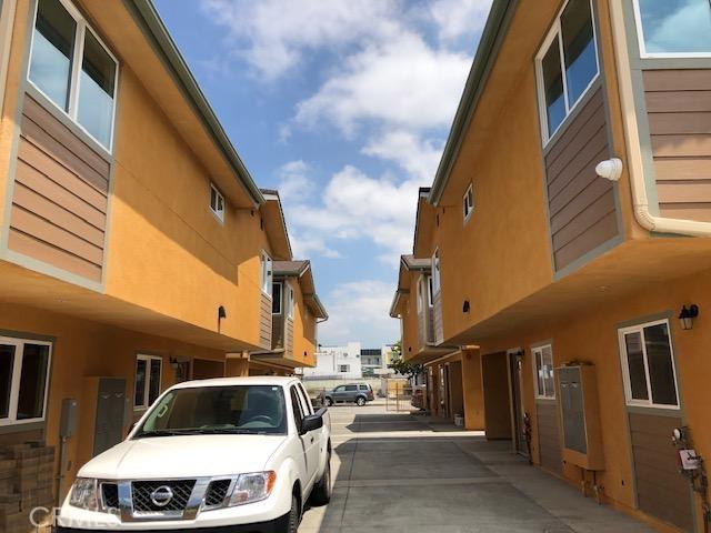 6700 West Blvd, Los Angeles, CA 90043 photo 6