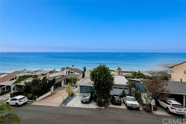 1040 La Mirada Street, Laguna Beach CA: http://media.crmls.org/medias/7213734a-8e74-487e-b8cb-f0b320e23742.jpg