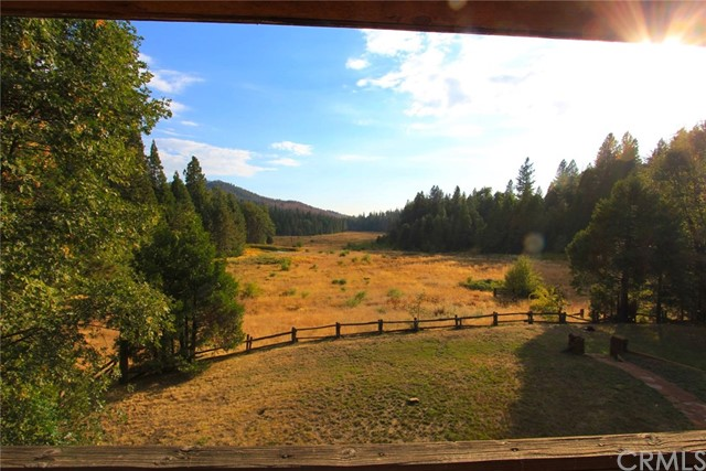 Single Family Home for Sale at 5657 Worman Road Mariposa, California 95338 United States