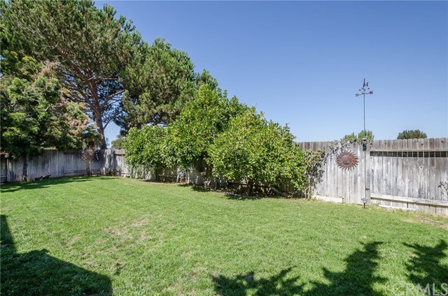 1457 Worchester Court, Santa Maria CA: http://media.crmls.org/medias/721fa6dc-94b4-4a5c-af47-d608651a10b8.jpg