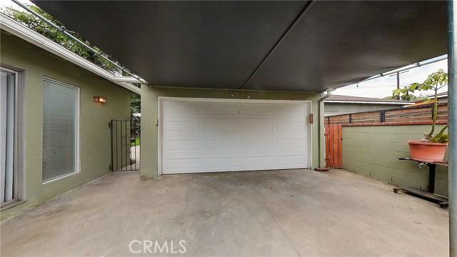5207 Fidler Avenue, Lakewood CA: http://media.crmls.org/medias/7236beab-15dd-4225-8989-75fd704fdc6c.jpg