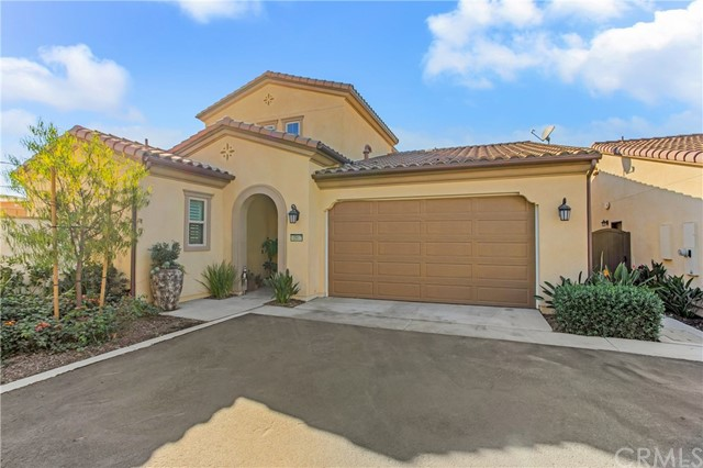 Detail Gallery Image 1 of 32 For 10917 Hermosa Ct, Cypress,  CA 90720 - 3 Beds | 3/1 Baths