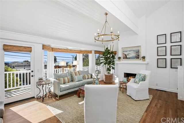 1626 Catalina Street  Laguna Beach CA 92651
