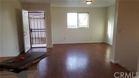 1304 N Mona Boulevard, Los Angeles, California 90222, 1 Bedroom Bedrooms, ,1 BathroomBathrooms,Quadruplex,For sale,Mona,DW20210796