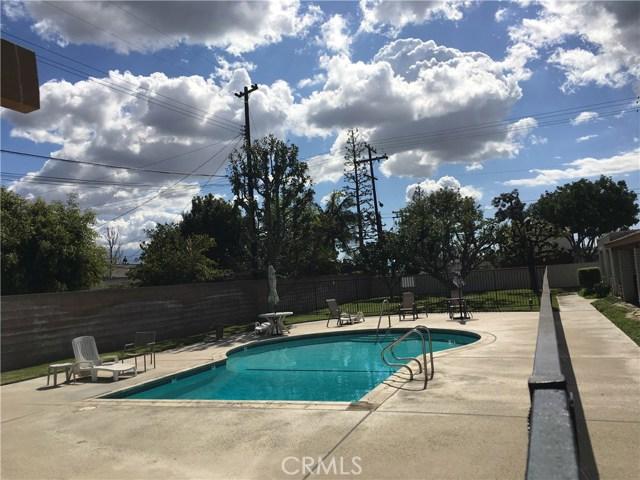 10512 S Jenny Lane, Garden Grove CA: http://media.crmls.org/medias/726bc182-b2c7-4fb9-9413-1d2c63316832.jpg