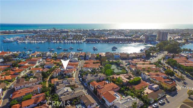 Single Family Home for Sale at 114 Via Cordova St Newport Beach, California 92663 United States
