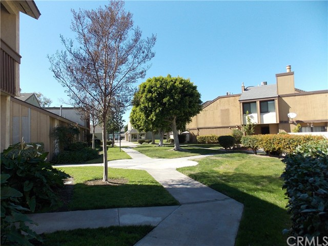 1381 S Walnut St, Anaheim, CA 92802 Photo 11