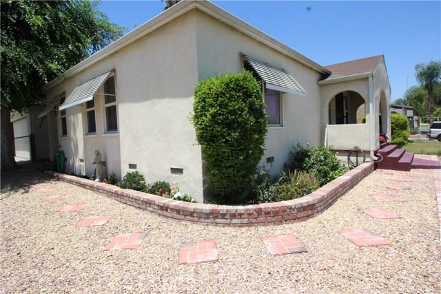 798 Bunker Hill Drive, San Bernardino CA: http://media.crmls.org/medias/727936cc-8082-4101-b0d6-868437259bad.jpg