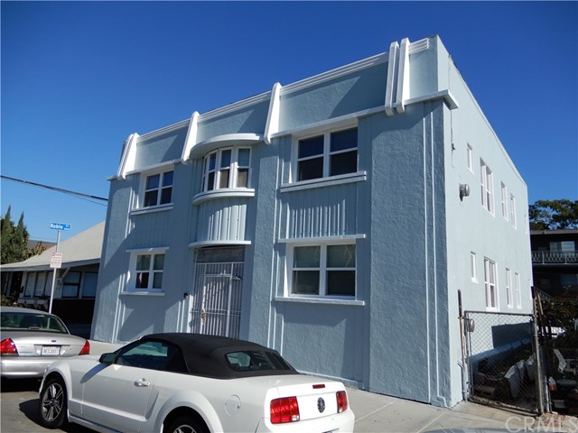 322 Daisy Avenue, Long Beach CA: http://media.crmls.org/medias/727bb685-5862-42dc-bf78-b03837588de8.jpg
