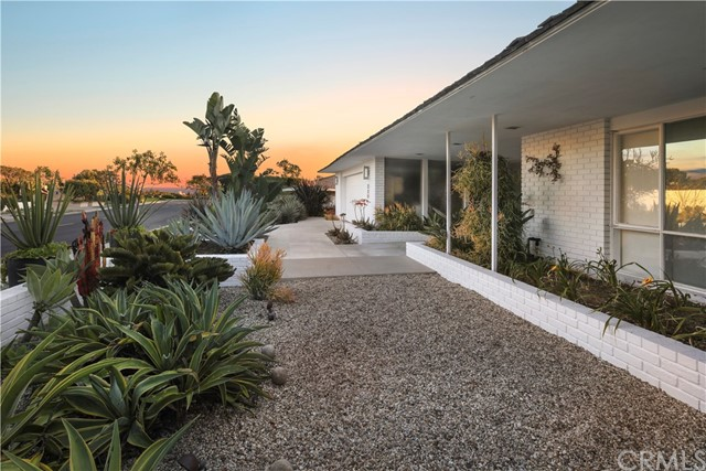 339 Cameo Shores Road, Corona del Mar, CA 92625