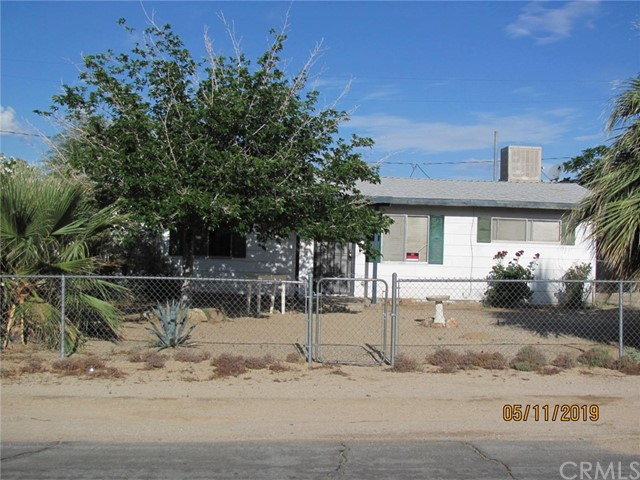 6038 Mariposa Avenue  29 Palms CA 92277