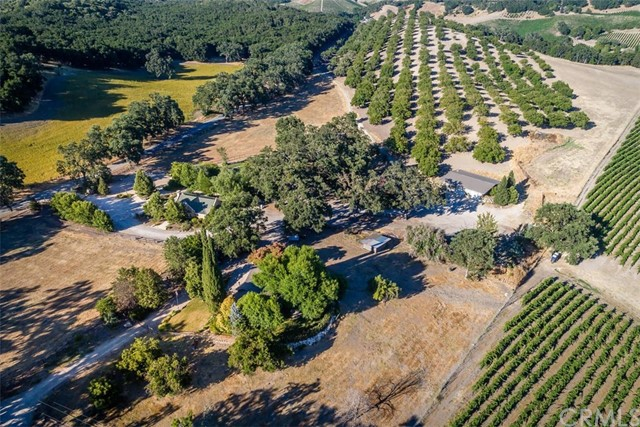 Property for sale at 7210 Vineyard Drive, Paso Robles,  CA 93446