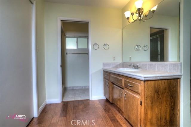 1713 El Portal Drive Bakersfield, CA 93309 - MLS #: DW18031692