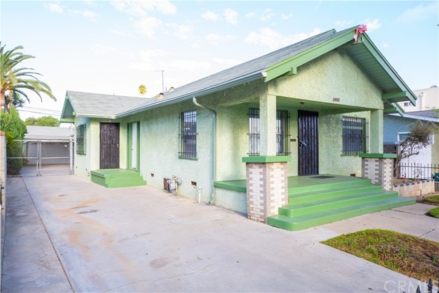 1433 Warren Avenue, Long Beach CA: http://media.crmls.org/medias/729f8873-4334-425c-9966-6b16f94432a3.jpg