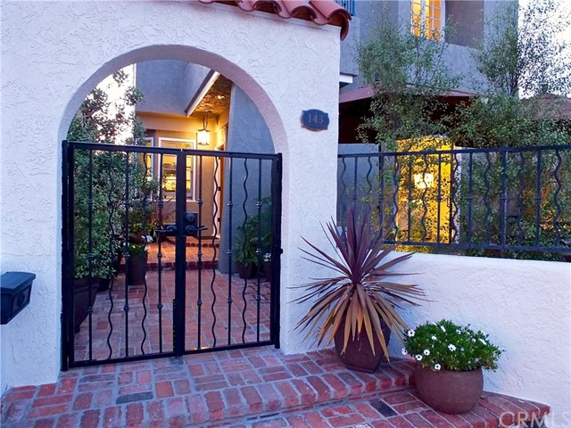 143 Santa Ana Av, Long Beach, CA 90803 Photo 43