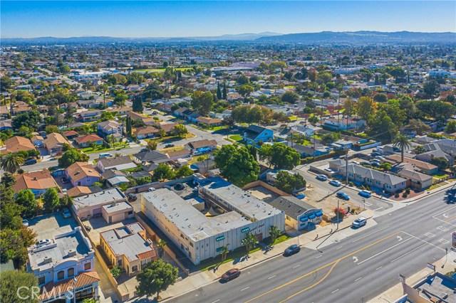 1232 S San Gabriel Boulevard, San Gabriel CA: http://media.crmls.org/medias/72a70a7e-5cfa-422f-abba-598bc6395221.jpg