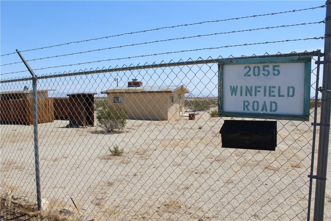 2055 Winfield Road, 29 Palms CA: http://media.crmls.org/medias/72a8fd91-2d51-45f6-93c0-ec9bc8c8d721.jpg