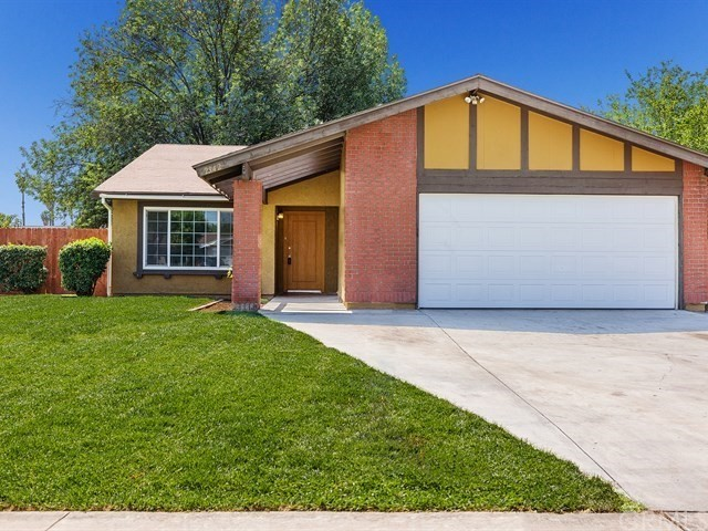 Single Family Home for Sale at 2942 Butterfield Road Riverside, California 92503 United States