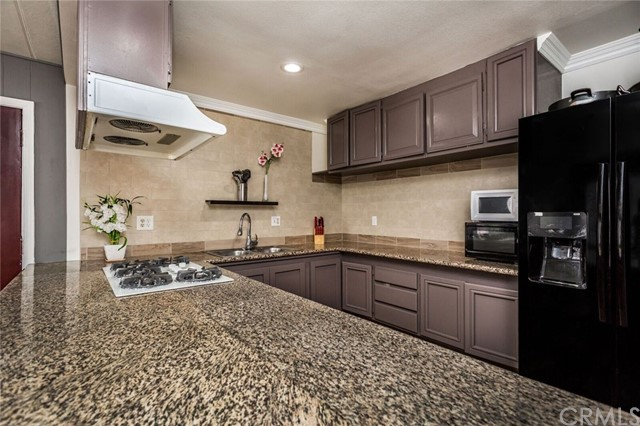 5815 E La Palma Avenue Unit 23 Anaheim, CA 92807 - MLS #: PW18173086