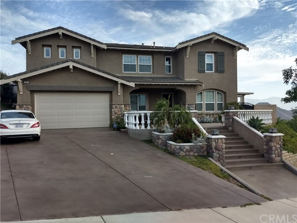Photo of 15919 Skyridge Drive, Riverside, CA 92503